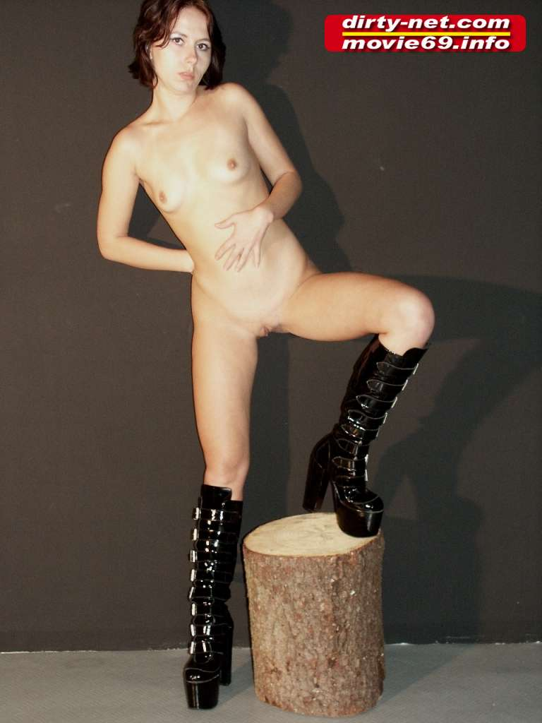 Submissive Slave Laura